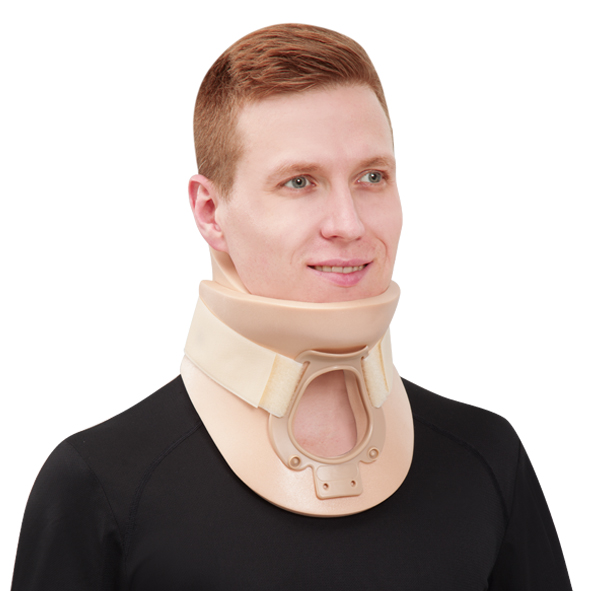 CO-0005 Thachea Opening Cervical Collar