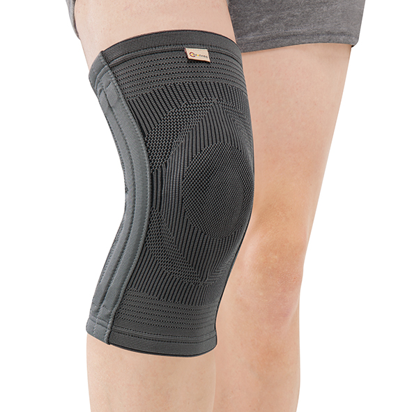 CO-7028  Bamboo Charcoal Knee Support with pad & 4 spiral stays